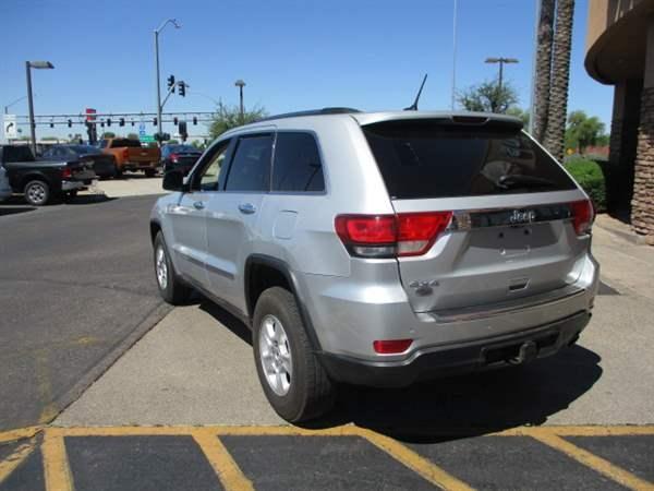 Jeep Grand Cherokee 2012 price $1,999 Down
