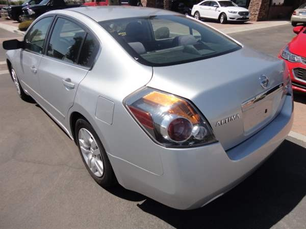 Nissan Altima 2009 price $999 Down