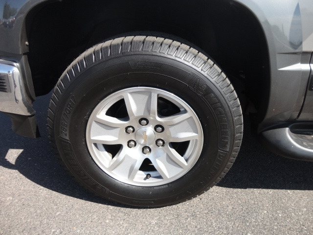 Chevrolet Tahoe 1999 price $12,988 Cash