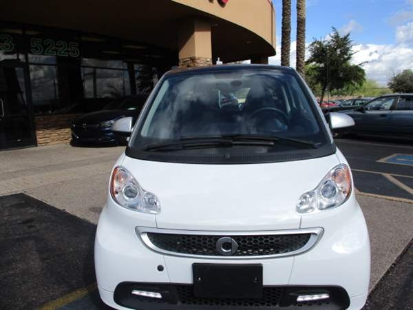 Smart fortwo 2015 price $6,988 Cash