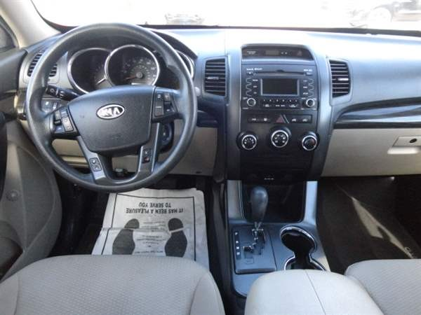 Kia Sorento 2013 price $1,999 Down