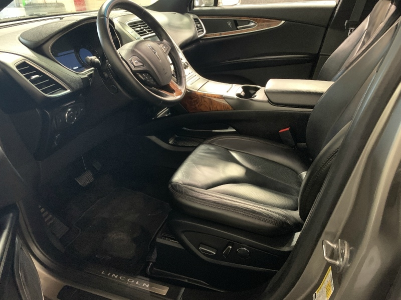 Lincoln MKX 2016 price $21,800