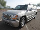 GMC Yukon XL Denali 2004