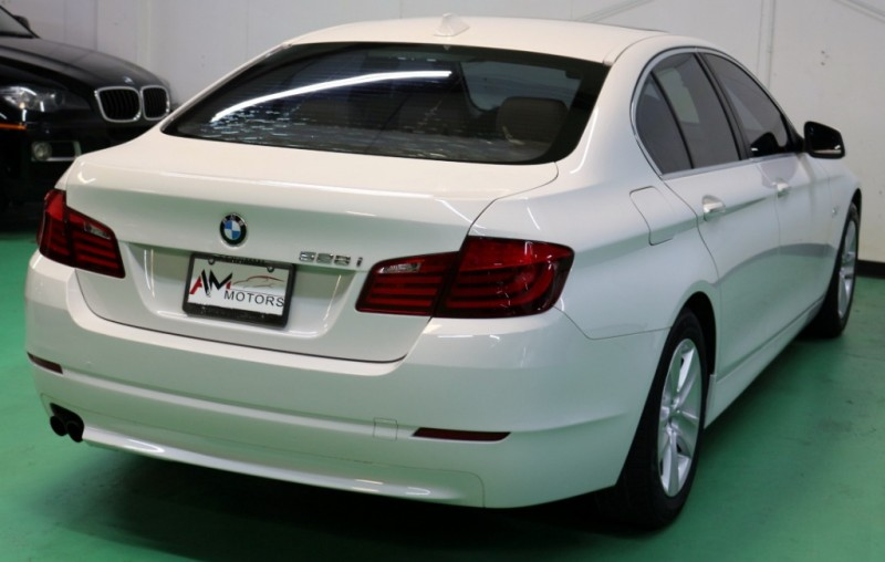 BMW 5-Series 2012 price $12,490