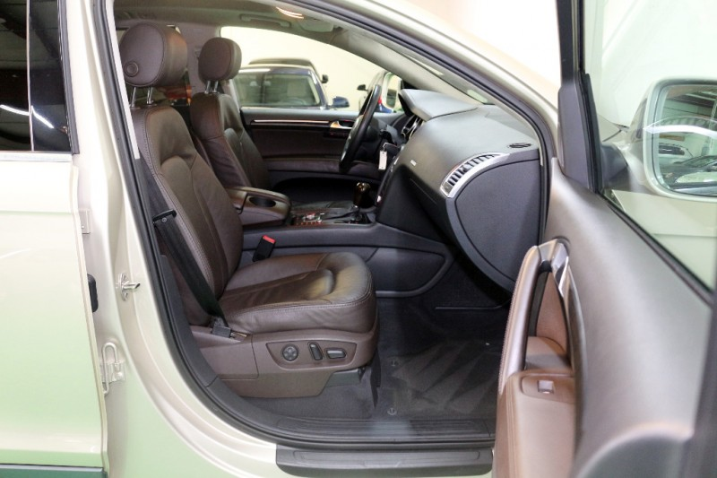 Audi Q7 2009 price $9,490