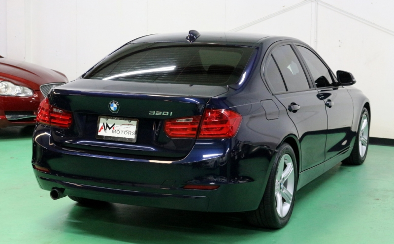 BMW 3-Series 2015 price $12,490