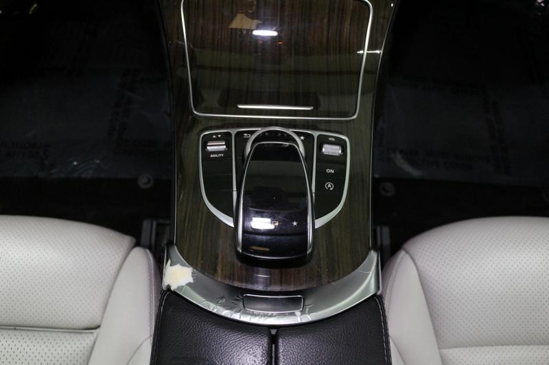 Mercedes-Benz C-Class 2015 price $15,490