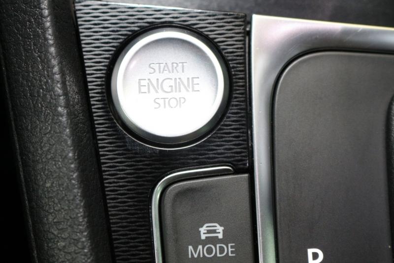Volkswagen Golf GTI 2016 price $16,490