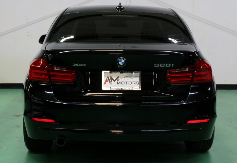 BMW 3-Series 2014 price $12,490