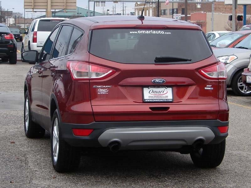 Ford Escape 2016 price $17,300