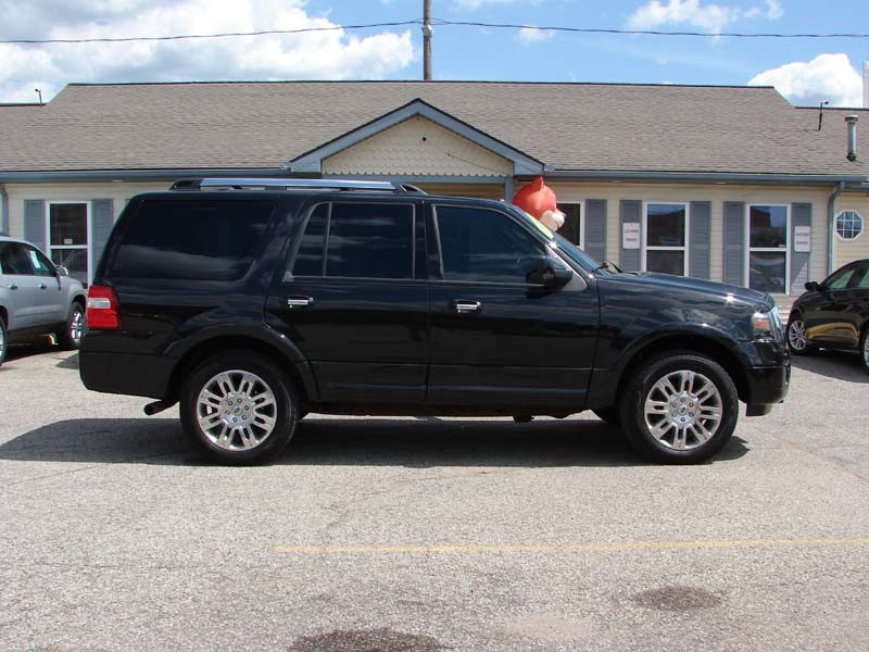 Ford Expedition 2011 price $13,800