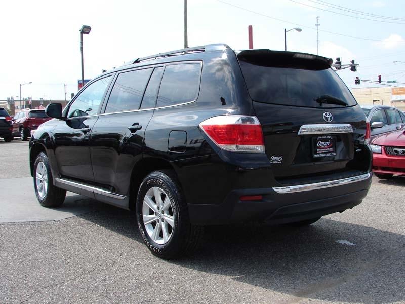 Toyota Highlander 2012 price $15,800