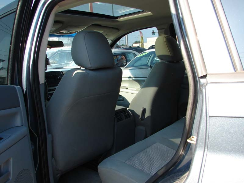 Jeep Grand Cherokee 2007 price $3,400