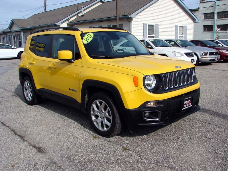 Jeep Renegade 2017 price $16,800