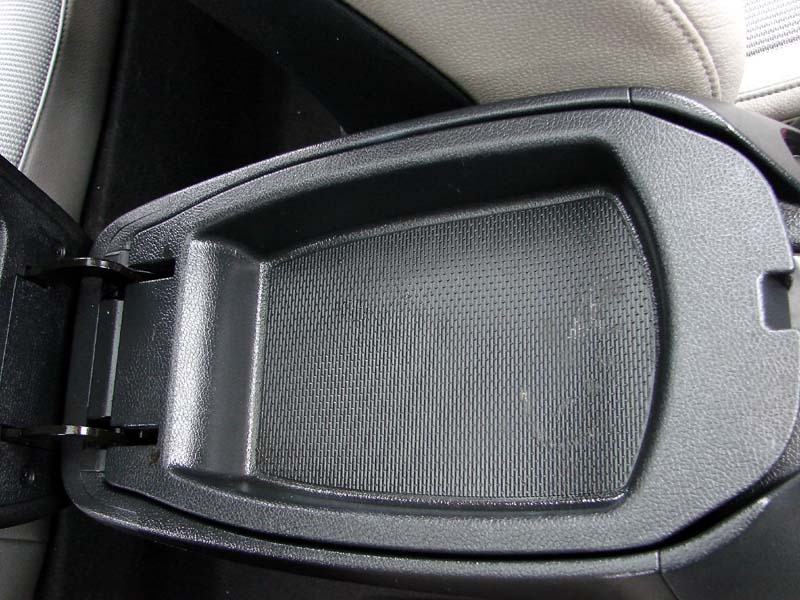 Hyundai Veloster 2012 price $7,300