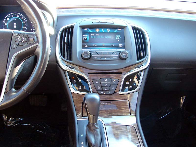 Buick LaCrosse 2014 price $15,400
