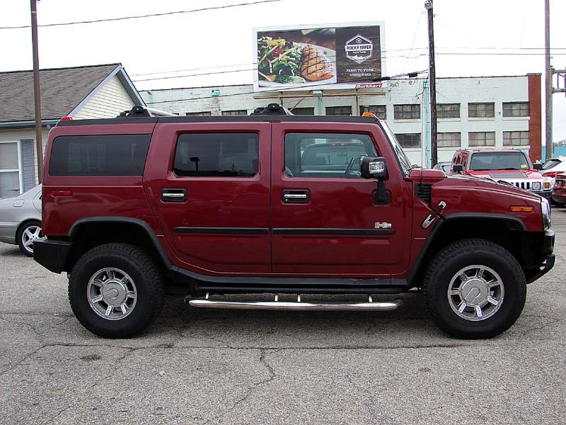 Hummer H2 2005 price $14,800