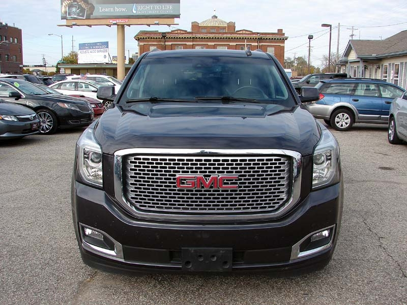 GMC Yukon 2015 price $31,800