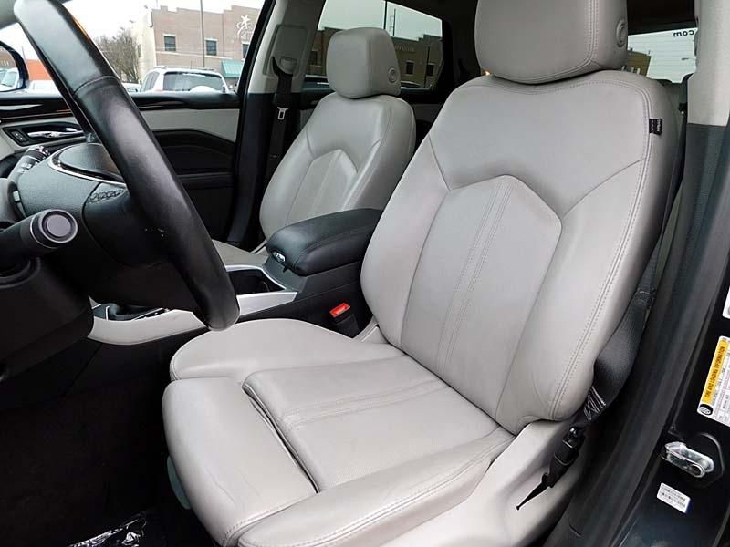 Cadillac SRX 2015 price $18,800