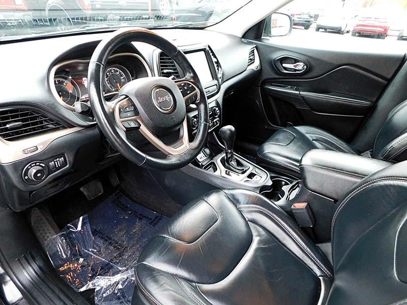 Jeep Cherokee 2016 price $16,800