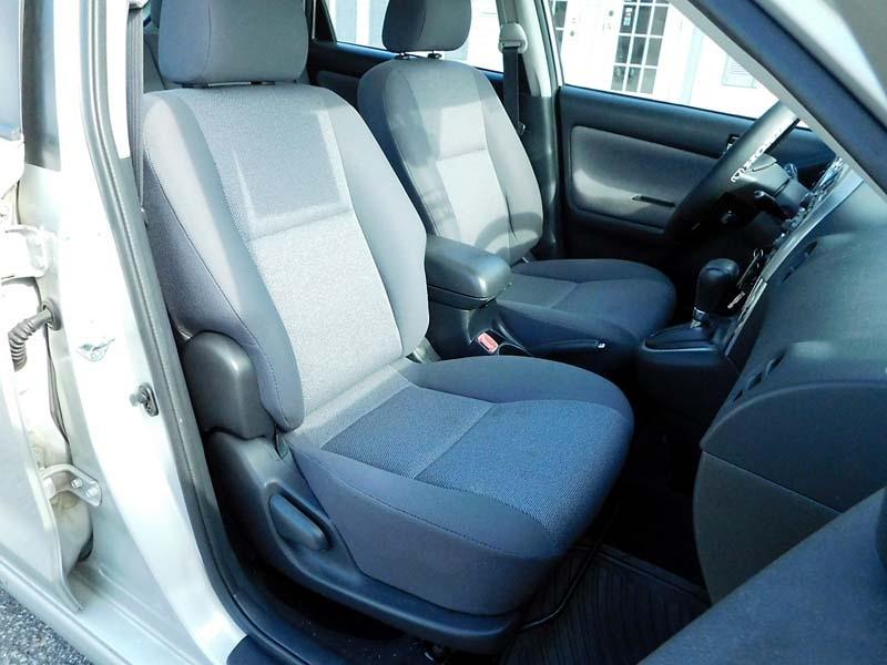 Toyota Matrix 2004 price $5,300