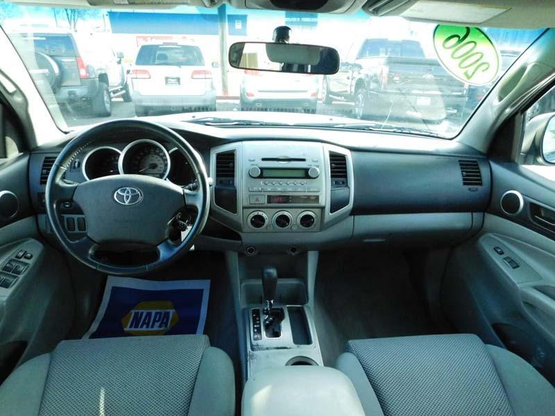 Toyota Tacoma 2006 price $12,800