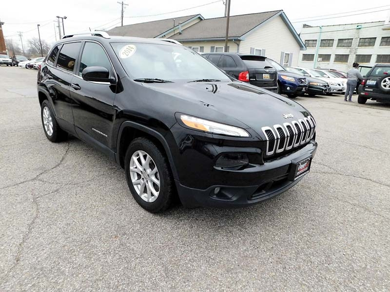 Jeep Cherokee 2014 price $13,800