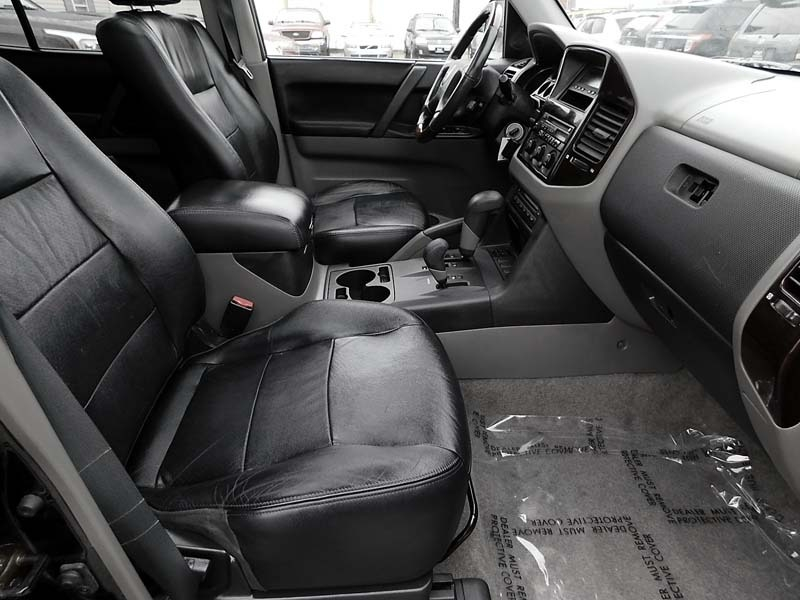 Mitsubishi Montero 2001 price $4,995