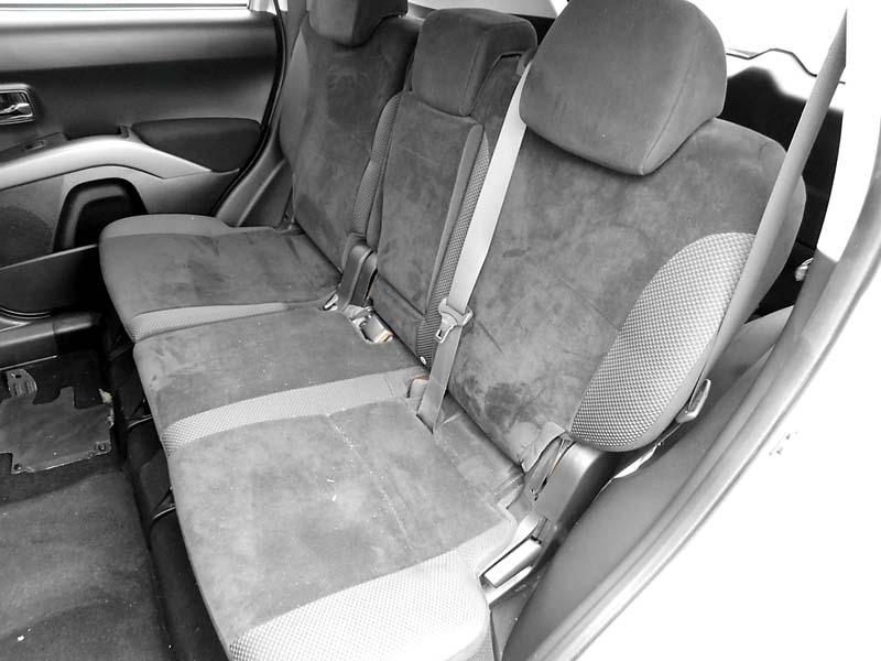 Mitsubishi Outlander 2010 price PLEASE CALL