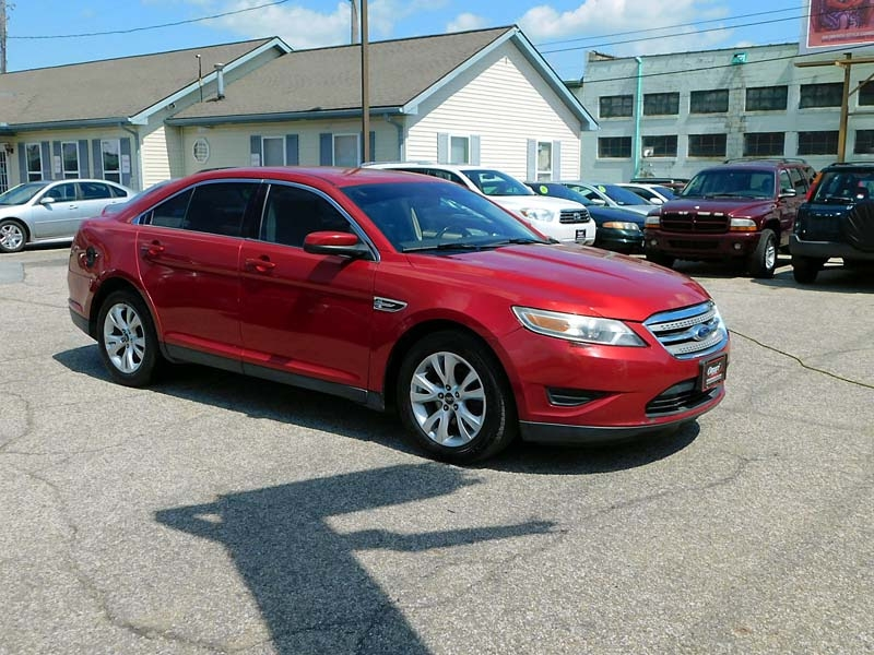 Ford Taurus 2011 price $6,900