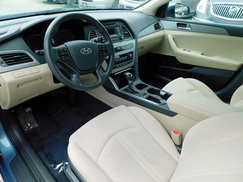 Hyundai Sonata 2015 price $10,900