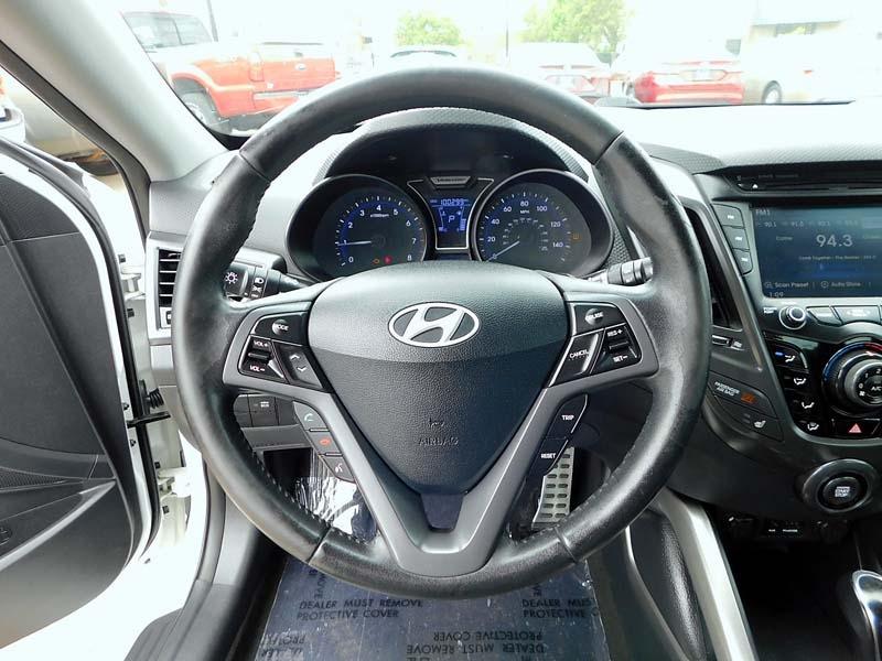 Hyundai Veloster 2013 price $8,800