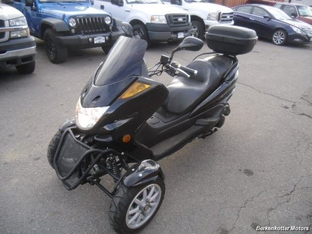 2012 Dong scooter