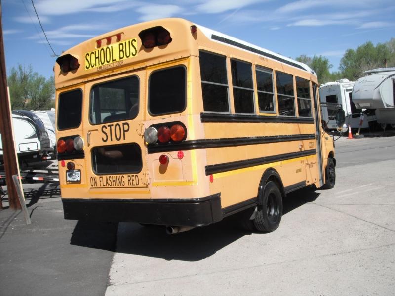 BLU BUS 2002 price $8,950
