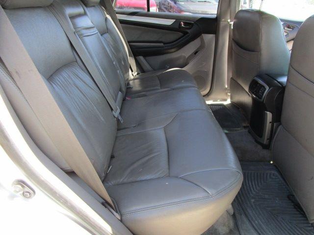 Toyota 4Runner 2005 price $8,900