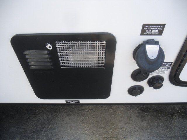 FRRV Vibe 6504 2014 price $12,995