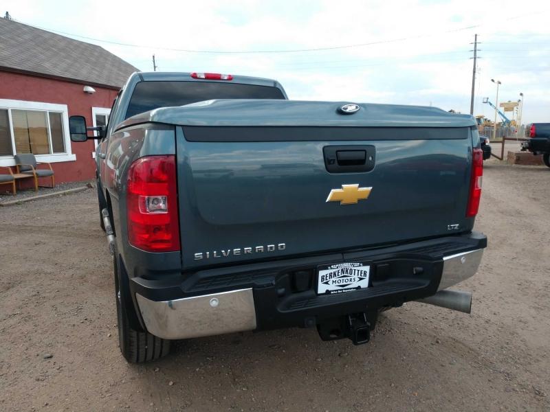 Chevrolet Silverado 2500HD 2012 price $27,900
