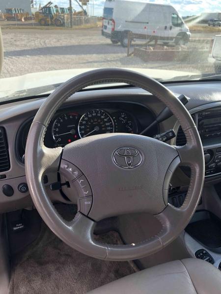Toyota Sequoia 2006 price $10,350