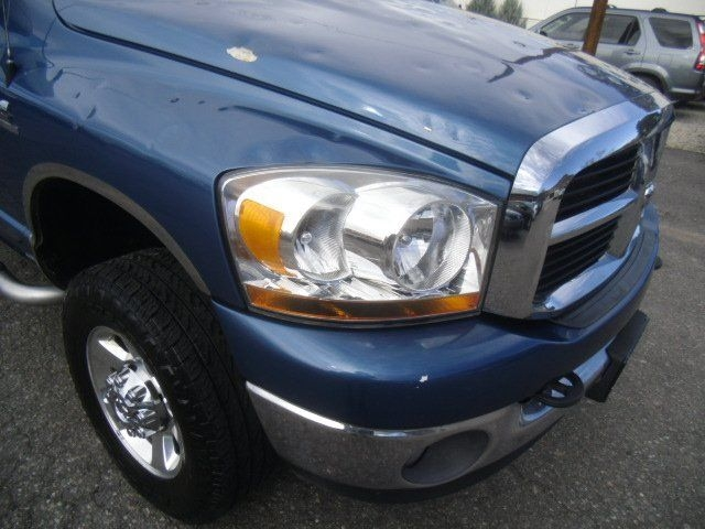 Dodge Ram Pickup 2500 2006 price $12,995