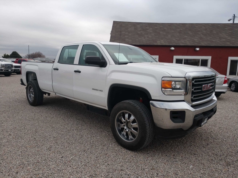 GMC Sierra 2500HD 2015 price $32,900