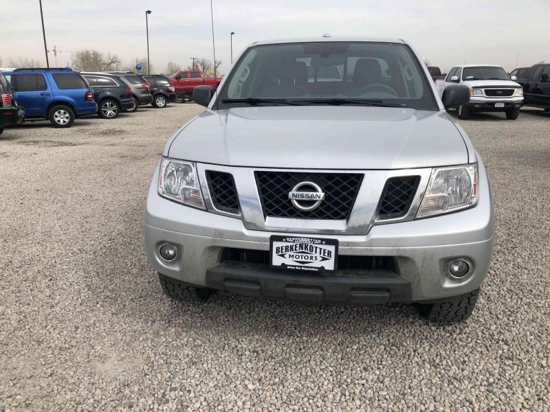Nissan Frontier 2016 price $18,900