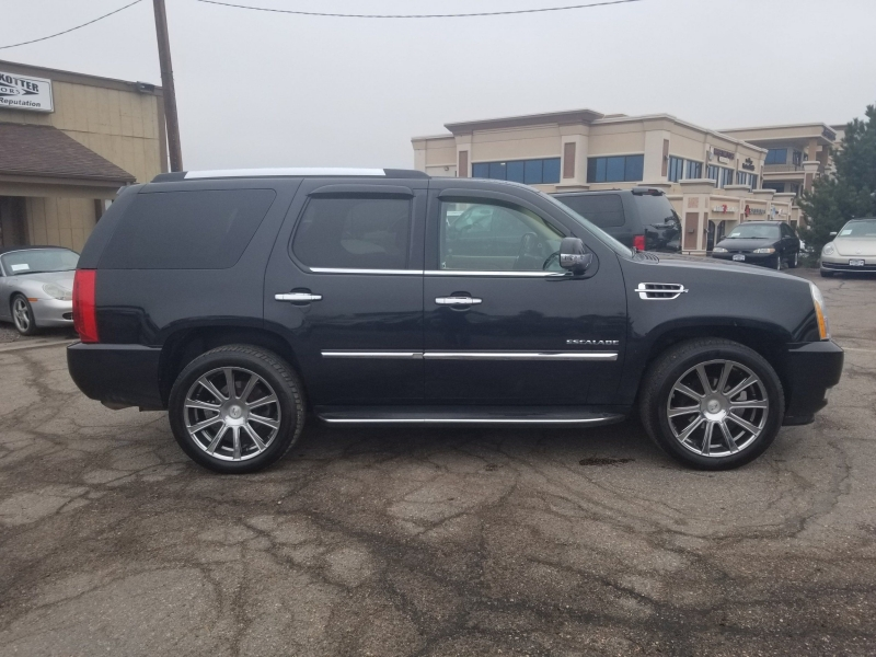 Cadillac Escalade 2010 price $23,900