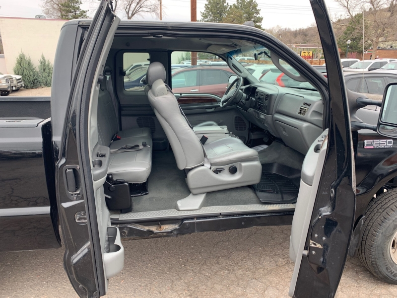 Ford F-250 Super Duty 2004 price $12,550