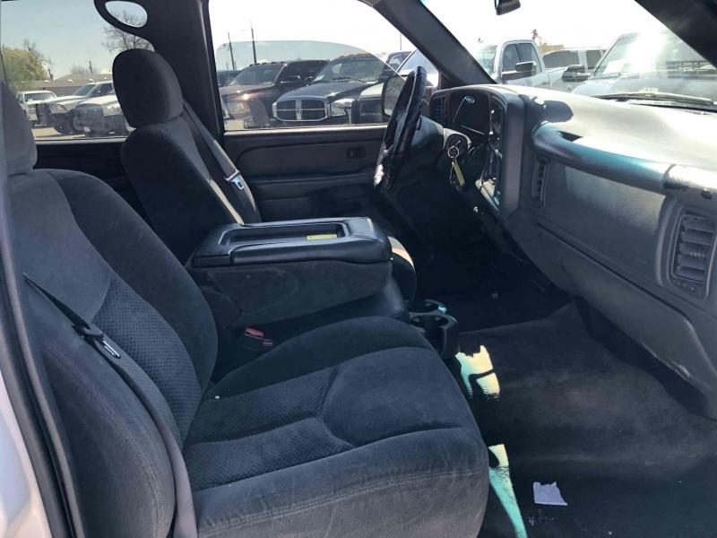 Chevrolet Silverado 2500HD 2004 price $12,900