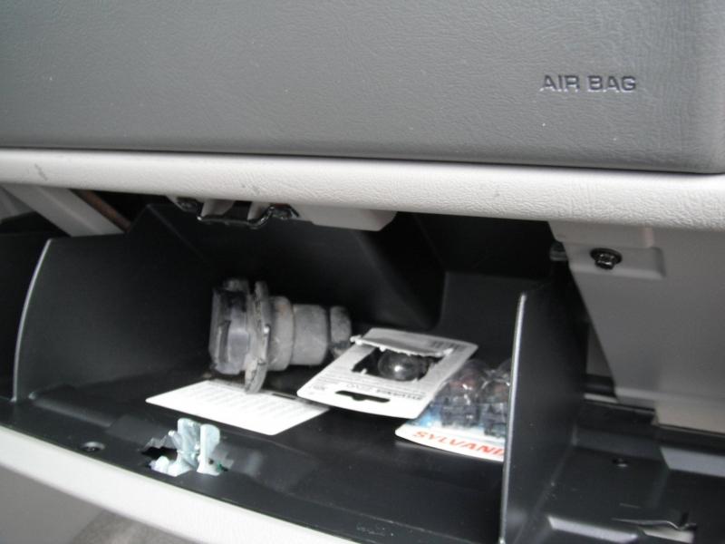 Chevrolet Suburban 2004 price $8,995