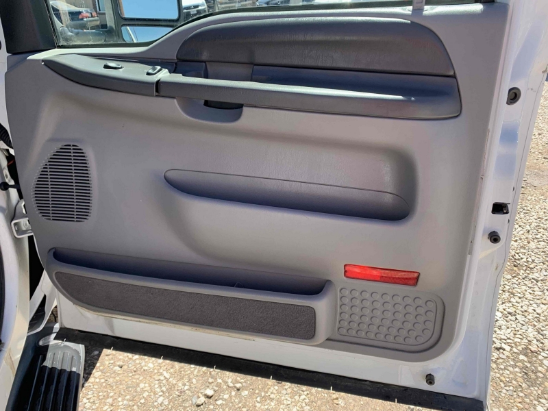 Ford Excursion 2000 price $7,900