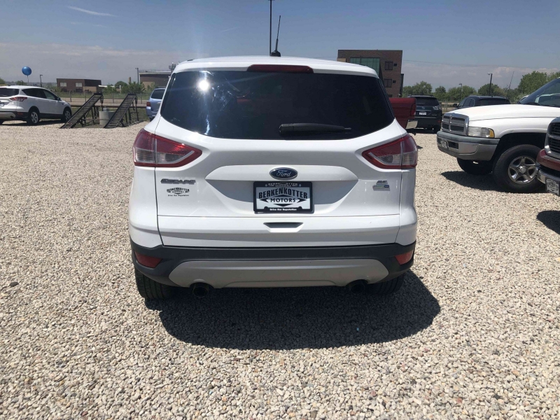 Ford Escape 2016 price $12,800