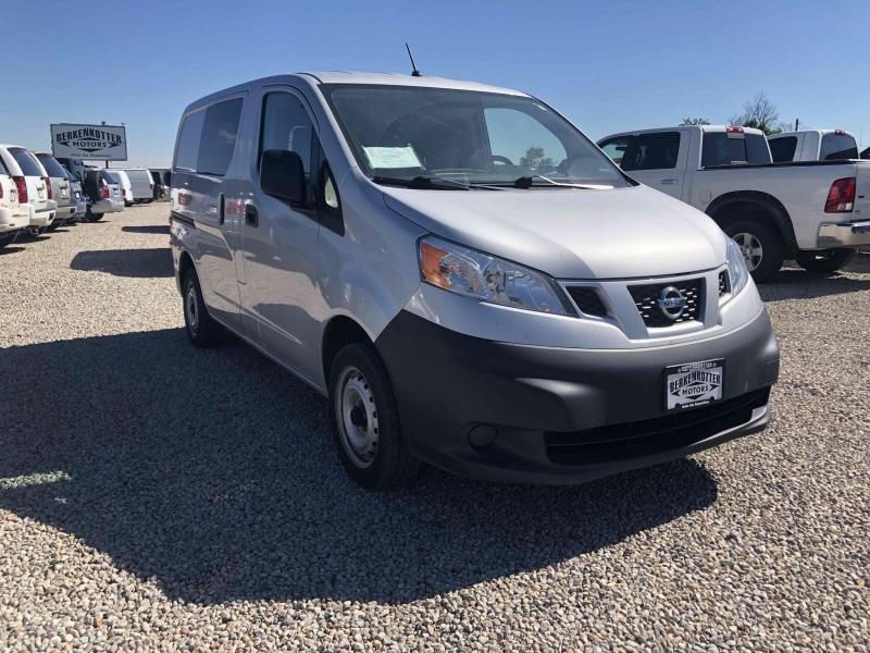 Nissan NV200 2016 price $13,500
