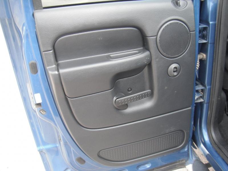 Dodge Ram Pickup 2500 2004 price $11,900