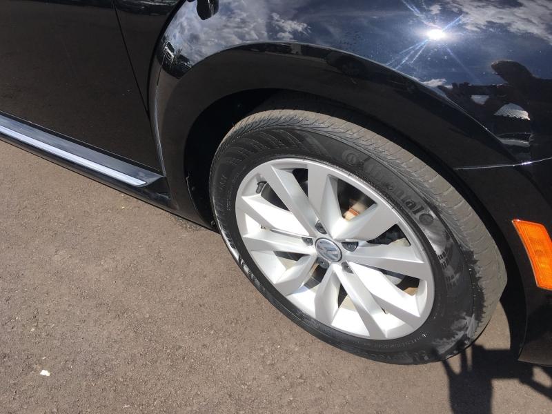 Volkswagen Beetle 2013 price $12,900